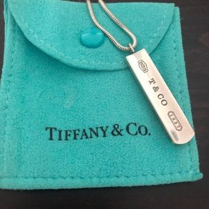 Tiffany's bar necklace